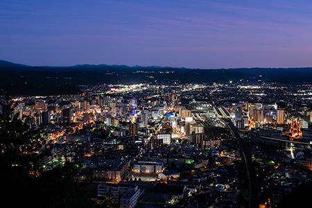 信夫山 烏ヶ崎展望台の夜景
