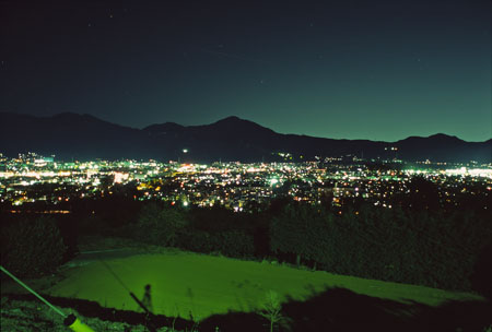 震生湖の夜景