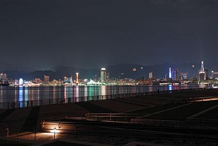 ポーアイしおさい公園の夜景