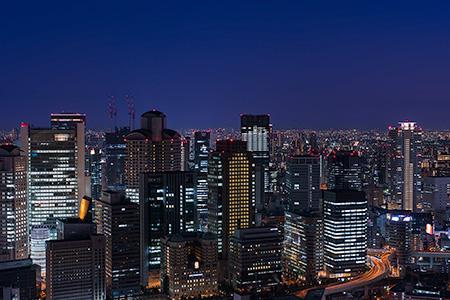 夜景100選「梅田スカイビル空中庭園」