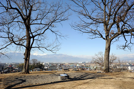 曽根丘陵公園  銚子塚古墳の夜景