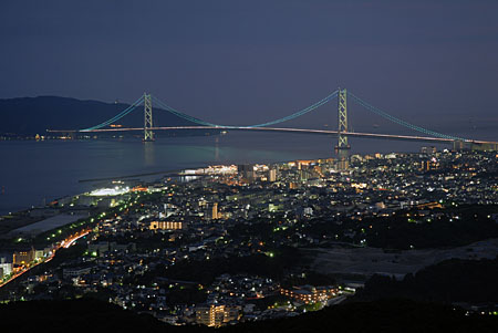 須磨浦山上園地 回転展望閣の夜景
