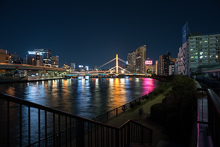 墨田川テラス・萬年橋北の夜景