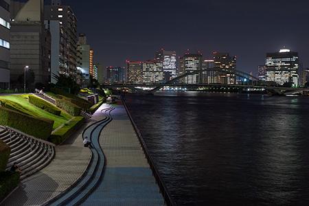 隅田川テラス 浜崎水門の夜景