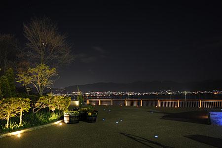諏訪湖SAの夜景