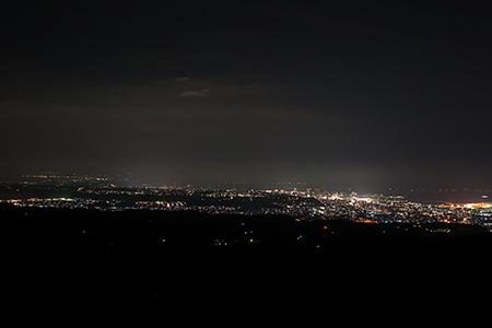 錫山展望台の夜景