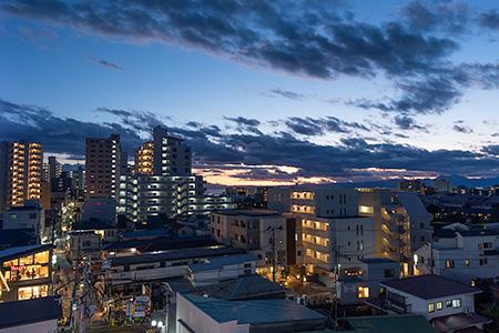 湘南江の島駅  ルーフテラスの夜景
