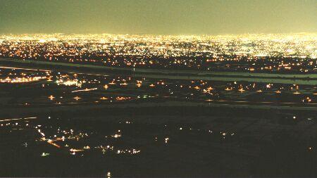多度山展望台の夜景