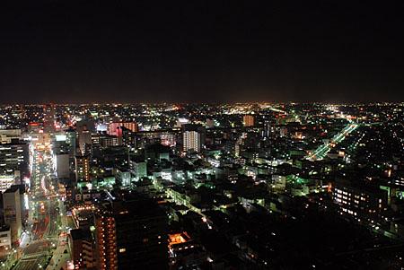 高崎市役所 展望ロビーの夜景