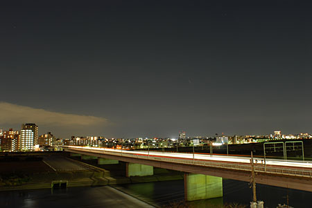 多摩川浅間神社の夜景