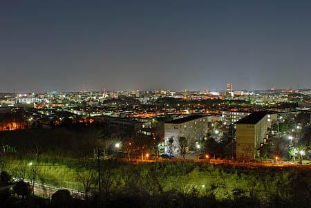 多摩丘陵パノラマの丘の夜景