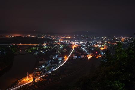 楯山公園の夜景