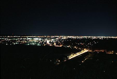 鳥羽山公園の夜景