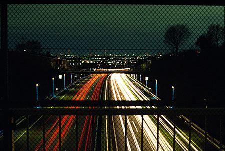 東名高速陸橋