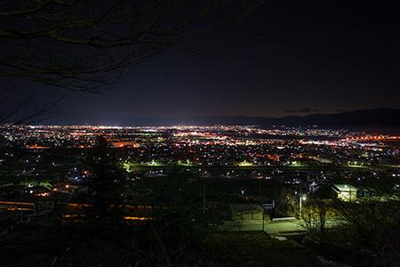 殿原スポーツ公園の夜景
