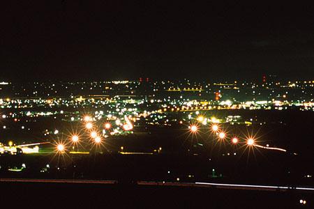 戸外炉峠の夜景