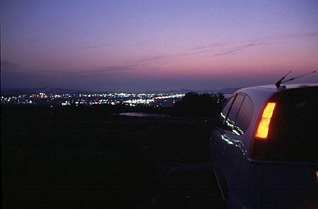 壺瓶山の夜景
