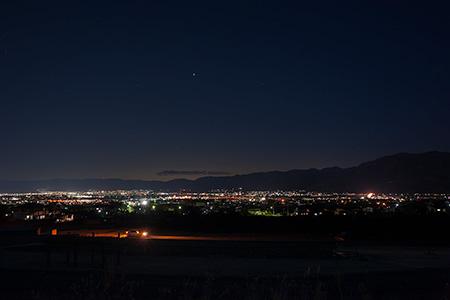 富士川町舂米 休憩所の夜景