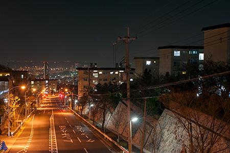 鶴甲東歩道橋の夜景