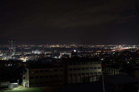 鶴の里歩道橋の夜景