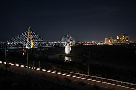 内灘総合公園 木製展望台の夜景