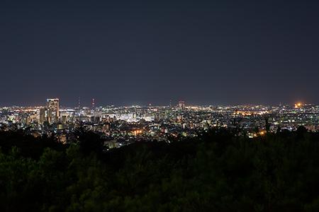 卯辰山 望湖台
