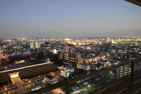 宇都宮市役所 東展望室の夜景