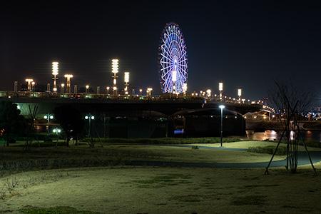 水の広場公園 水の科学館地区の夜景