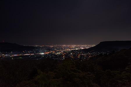 八栗山 お迎え大師の夜景