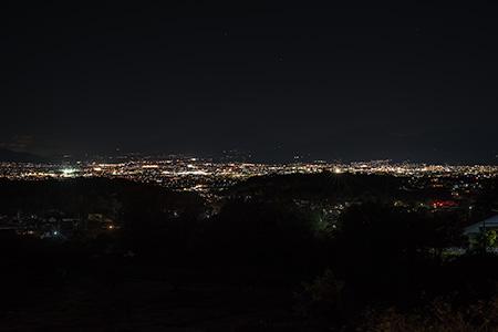 山の神千本桜駐車場の夜景