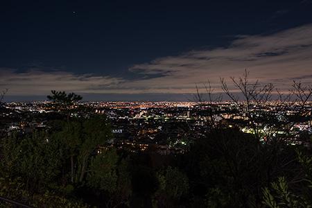 山手台南公園の夜景