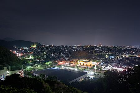 山家城址散策路 見晴らし台の夜景