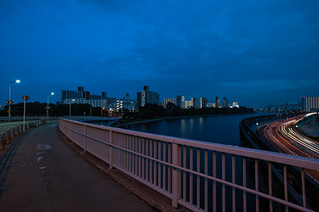 八潮橋の夜景