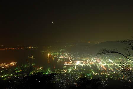休山の夜景
