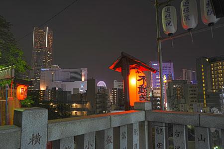 横浜成田山の夜景