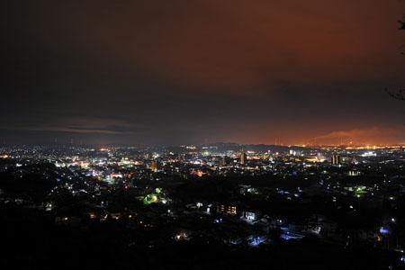 蔵王山 駐車場付近の夜景
